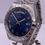 tudor modern 2021 royal blue 41mm day date 28600 integrated bracelet full set 5